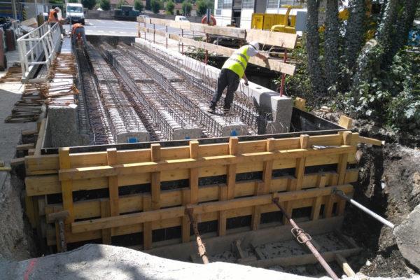 SAINT GOBAIN-Démolition et reconstruction d'un pont